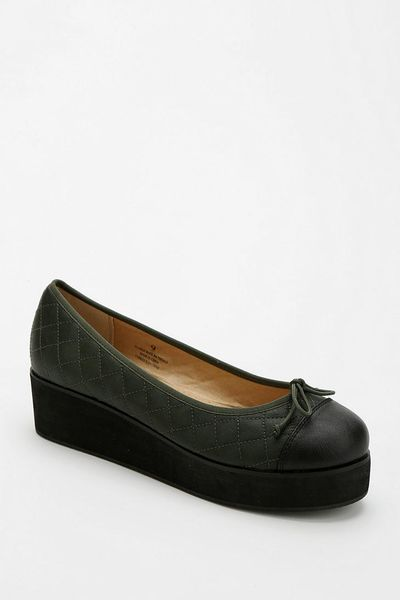 Urban Outfitters Cooperative Quilted Flatform in Green | Lyst
