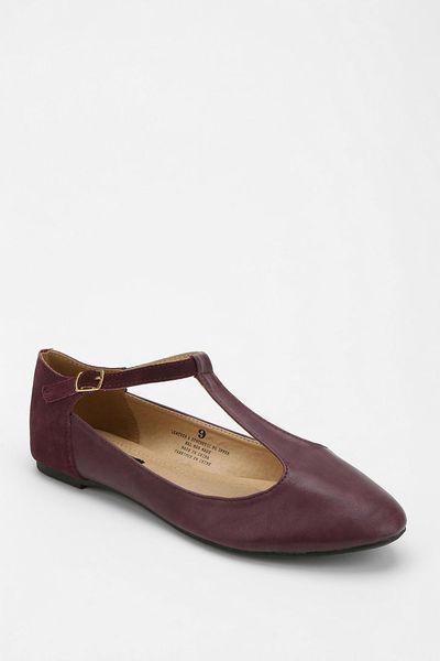 30846c120fe Urban Outfitters Flats ~ Huarache Sandals