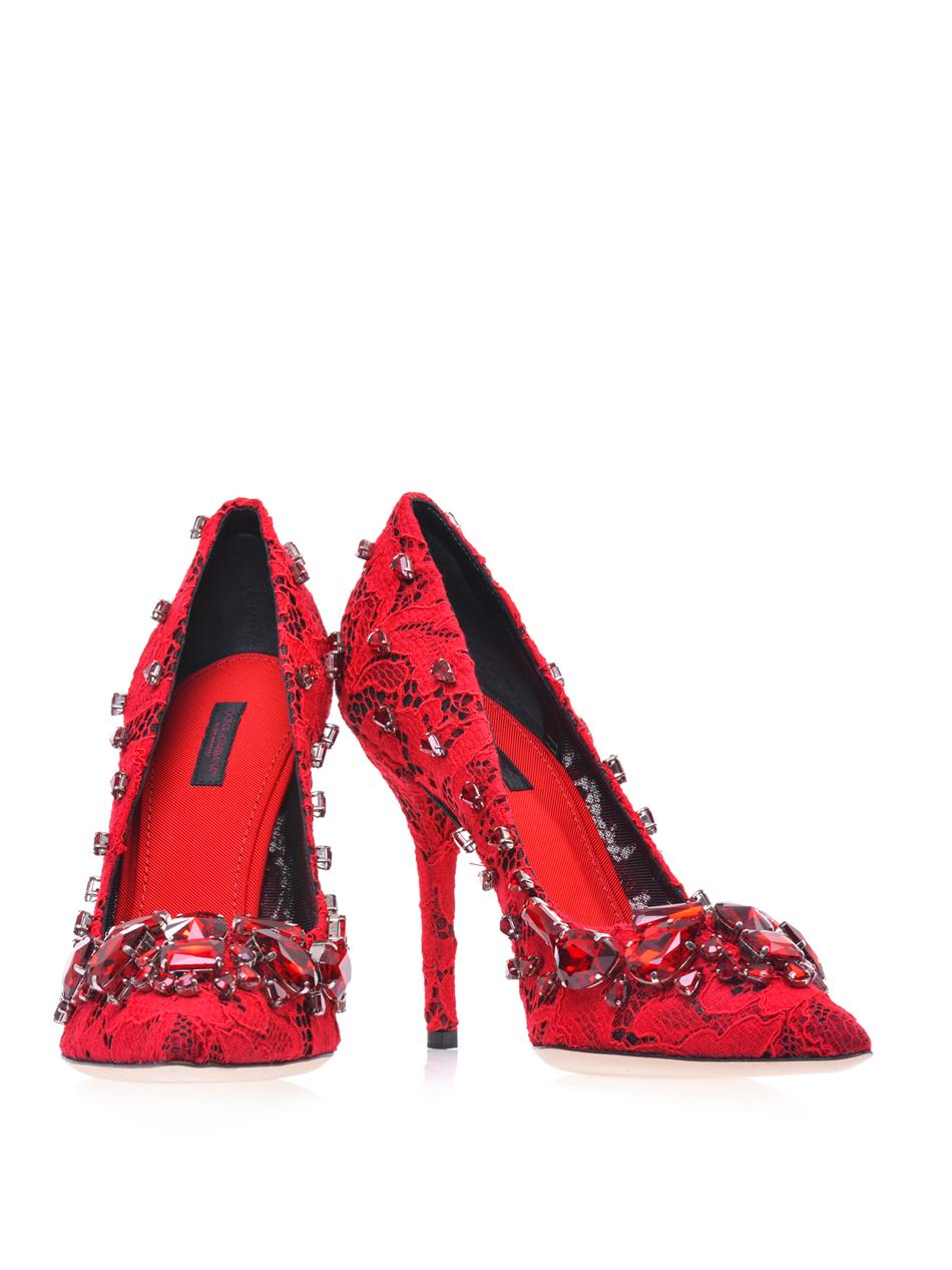 49506a475eb Lyst - Dolce   Gabbana Belucci Lace Pumps in Red