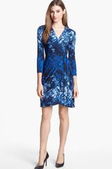 BCBGMAXAZRIA Print Jersey Wrap Dress - Lyst
