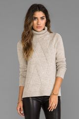 Vince Travelling Rib Turtleneck in Beige - Lyst