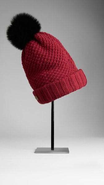 Burberry Fur Pompom Beanie in Red (damson red) - Lyst