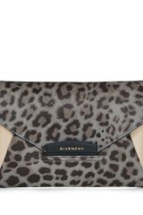 Givenchy Antigona Envelope Clutch in Leopard - Lyst