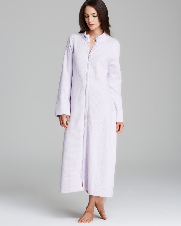 28c3aef86c23 Carole Hochman Diamond Quilted Long Zip Robe in Purple - Lyst