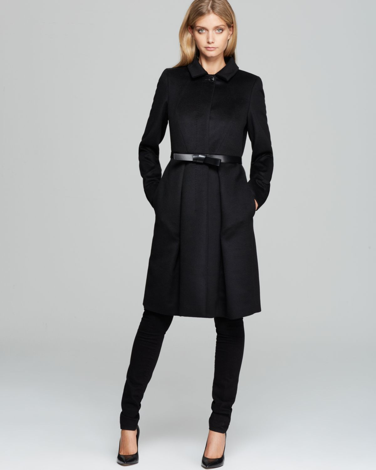 Max mara studio Valdez Pleated Coat with Belt in Black | Lyst