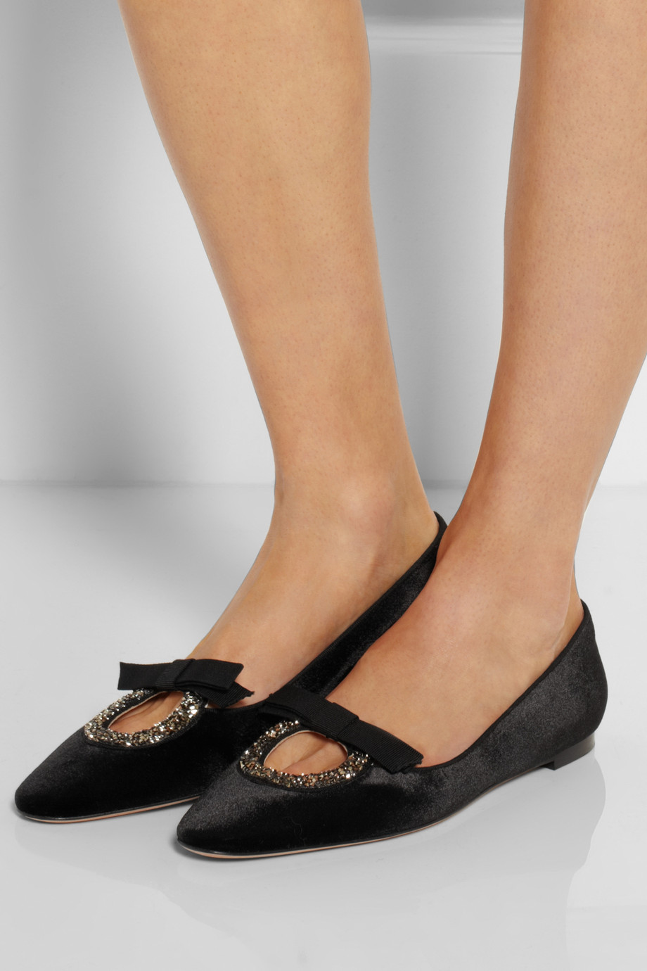 0c61b379f51 Lyst - Valentino Crystal-Embellished Velvet Ballet Flats in Black
