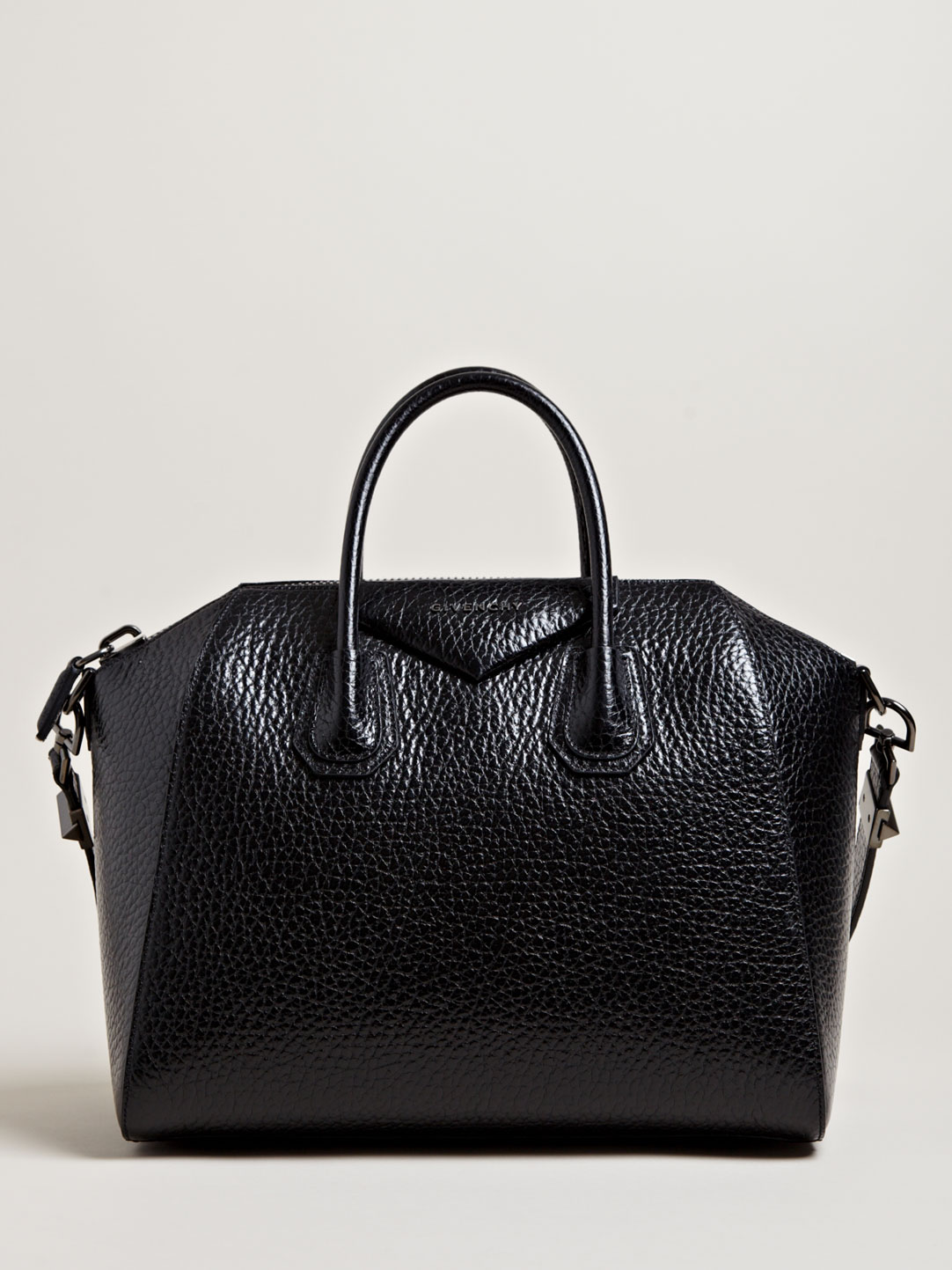 givenchy womens calf leather medium antigona bag in black. Black Bedroom Furniture Sets. Home Design Ideas