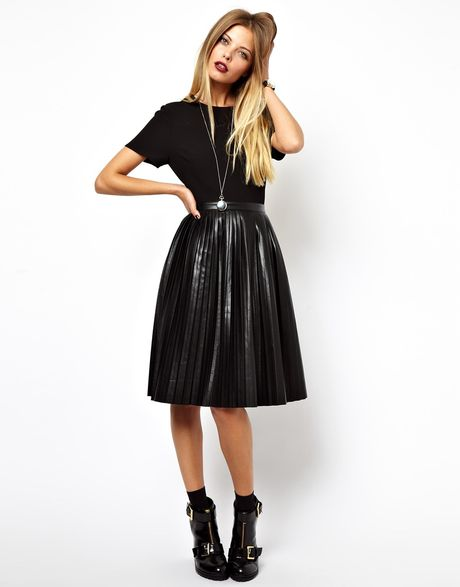 Modest Christian Clothing For Plus Size Women additionally What To Wear With A Black Leather Skater Skirt additionally Plus Size Black Velvet Dress furthermore Taylor Swift White Dress furthermore Où Acheter Une Jolie Robe Quand On Est Ronde. on black lace skater dress asos