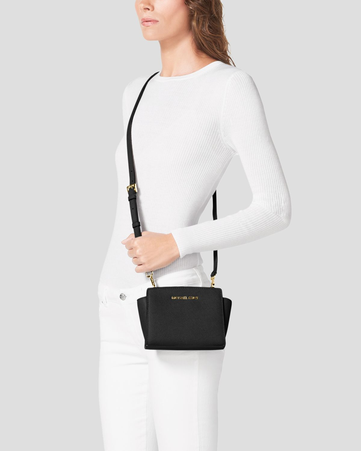 michael michael kors crossbody mini selma in black