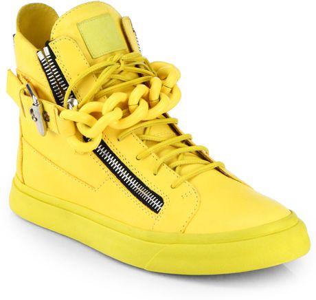 http://cdnd.lystit.com/photos/2013/11/02/giuseppe-zanotti-yellow-tonal-chain-sneakers-product-1-14626864-983143209_large_flex.jpeg