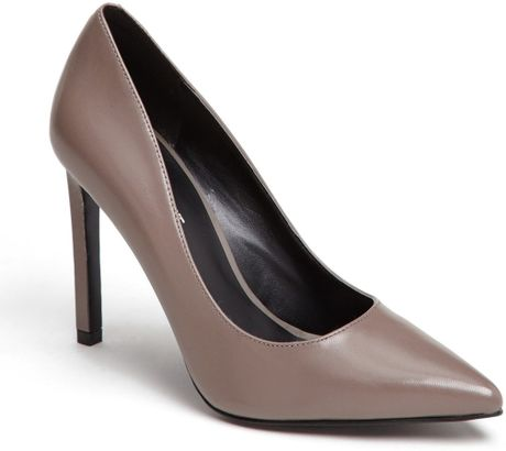 Nine West Tatiana Pump in Gray (Grey Leather) - Lyst