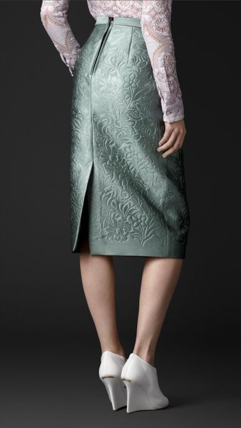 burberry embossed duchess satin pencil skirt in green