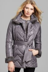 Via Spiga Chevron Stitch Quilted Coat with Fur Collar - Lyst