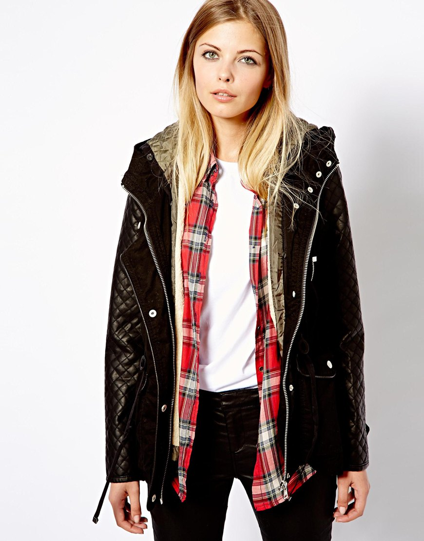 Pull&bear Quilted Faux Leather Sleeved Parka in Black | Lyst