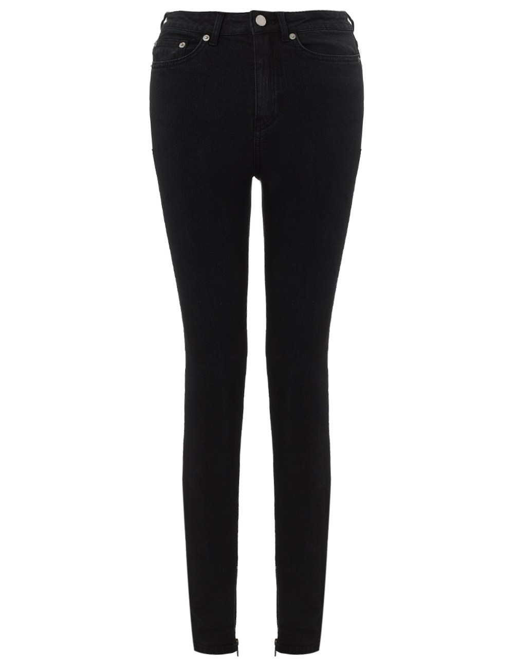 These skinny jeans also look great with your graphic t-shirt of choice and a pair of chucks. For a dressy appearance, pair black skinny jeans with a blouse, elaborate jewelry, and pretty heels or ballet flats.