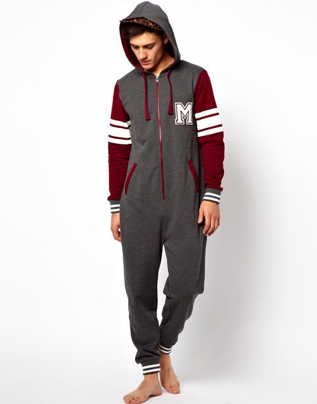 Shop for the Latest Onesies Collection for Women & Men, Onesies Collection Online Shopping in Dubai, Abu Dhabi, UAE - Free Next Day Delivery day Exchange, Cash On Delivery!