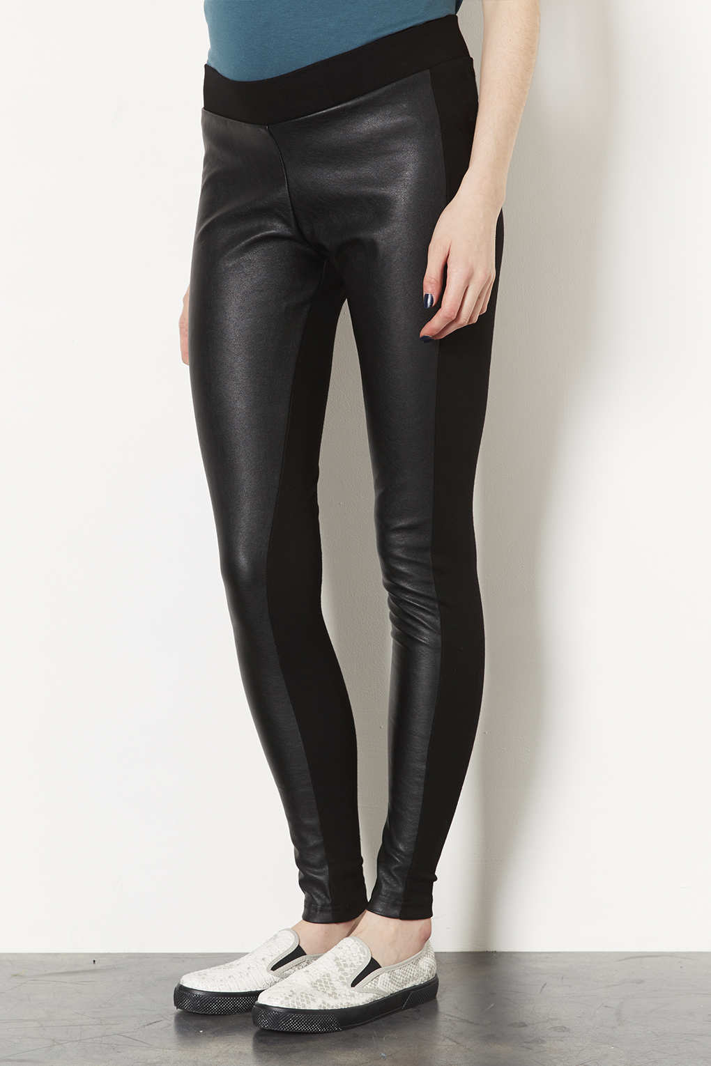 2fb2c8528b3a5e TOPSHOP Maternity Faux Leather Trousers in Black - Lyst