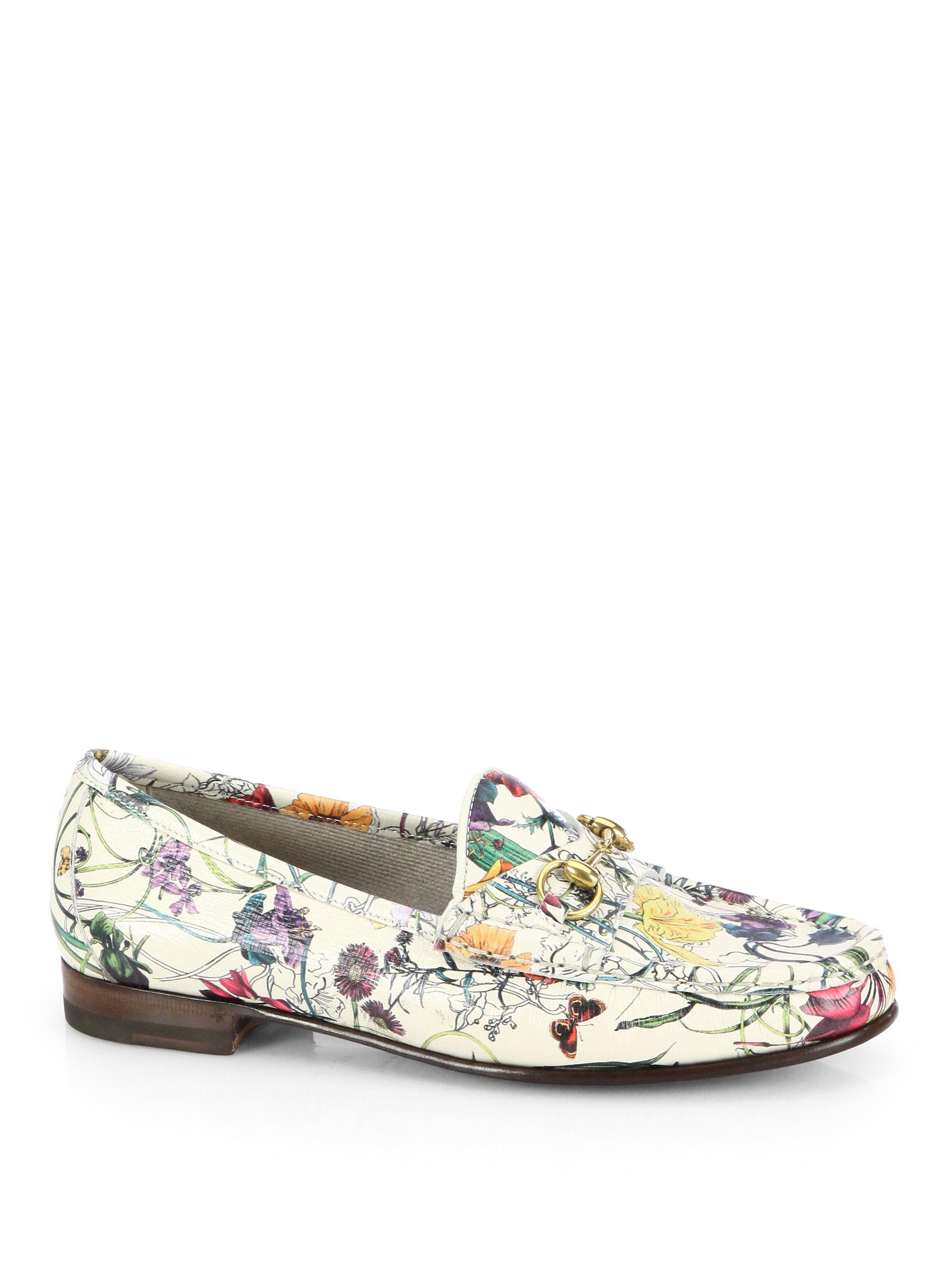 3e1e085e967 Lyst - Gucci Floral print Leather Moccasin Loafers