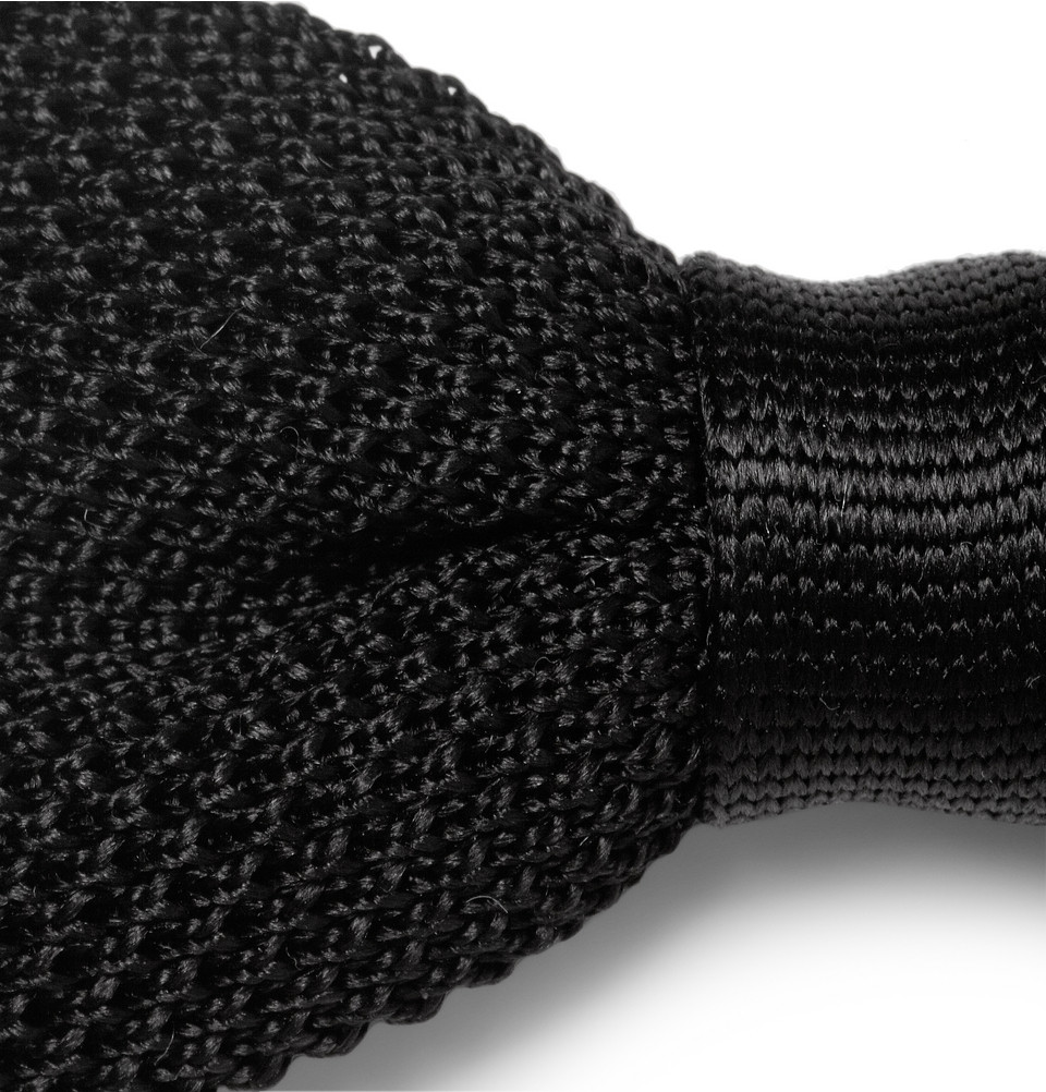 5ffe40c95c5d Burberry Knitted Silk Bow Tie in Black for Men - Lyst