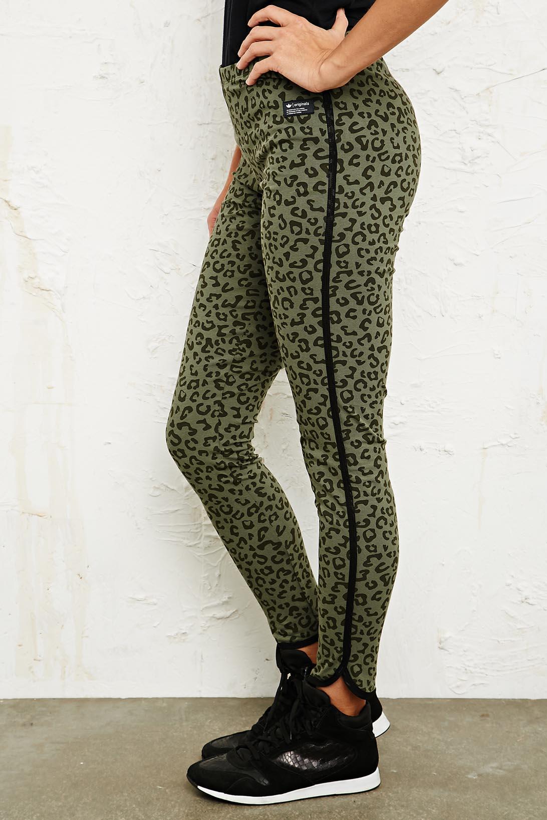 dae97cd81c4 adidas Leggings in Leopard Print - Lyst