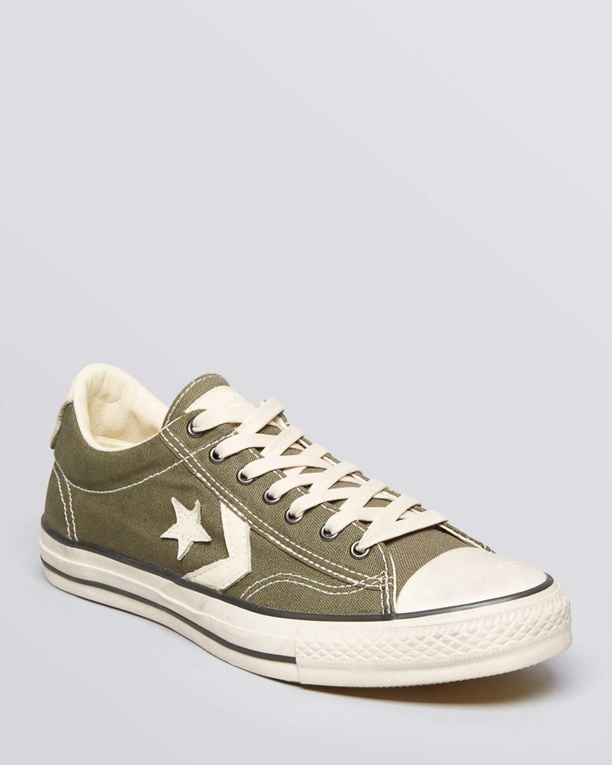 Gallery. Previously sold at  Bloomingdale s · Men s John Varvatos Converse  ... e3784fb6b