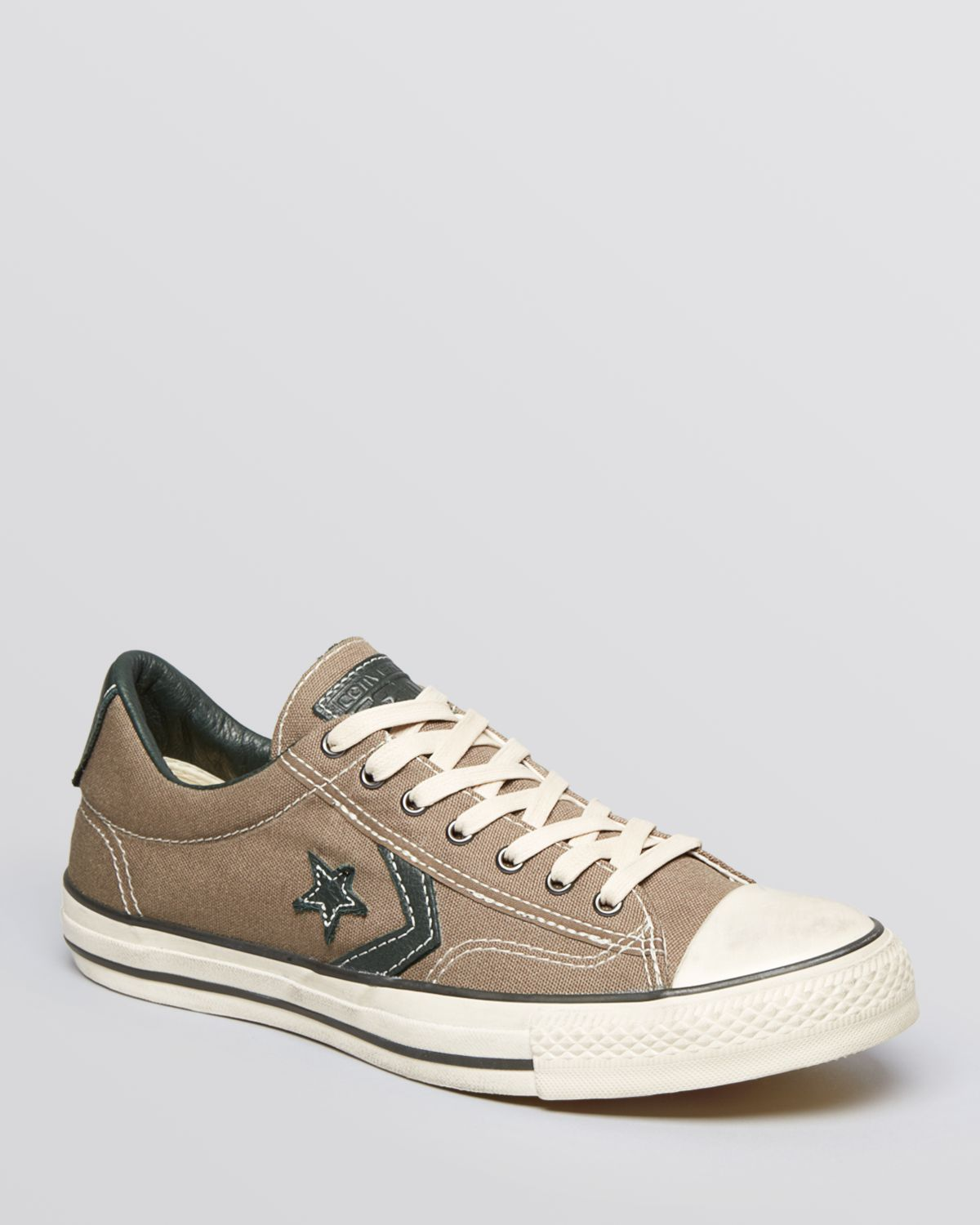 9472dde8e0be4c Gallery. Previously sold at  Bloomingdale s · Men s John Varvatos Converse  ...