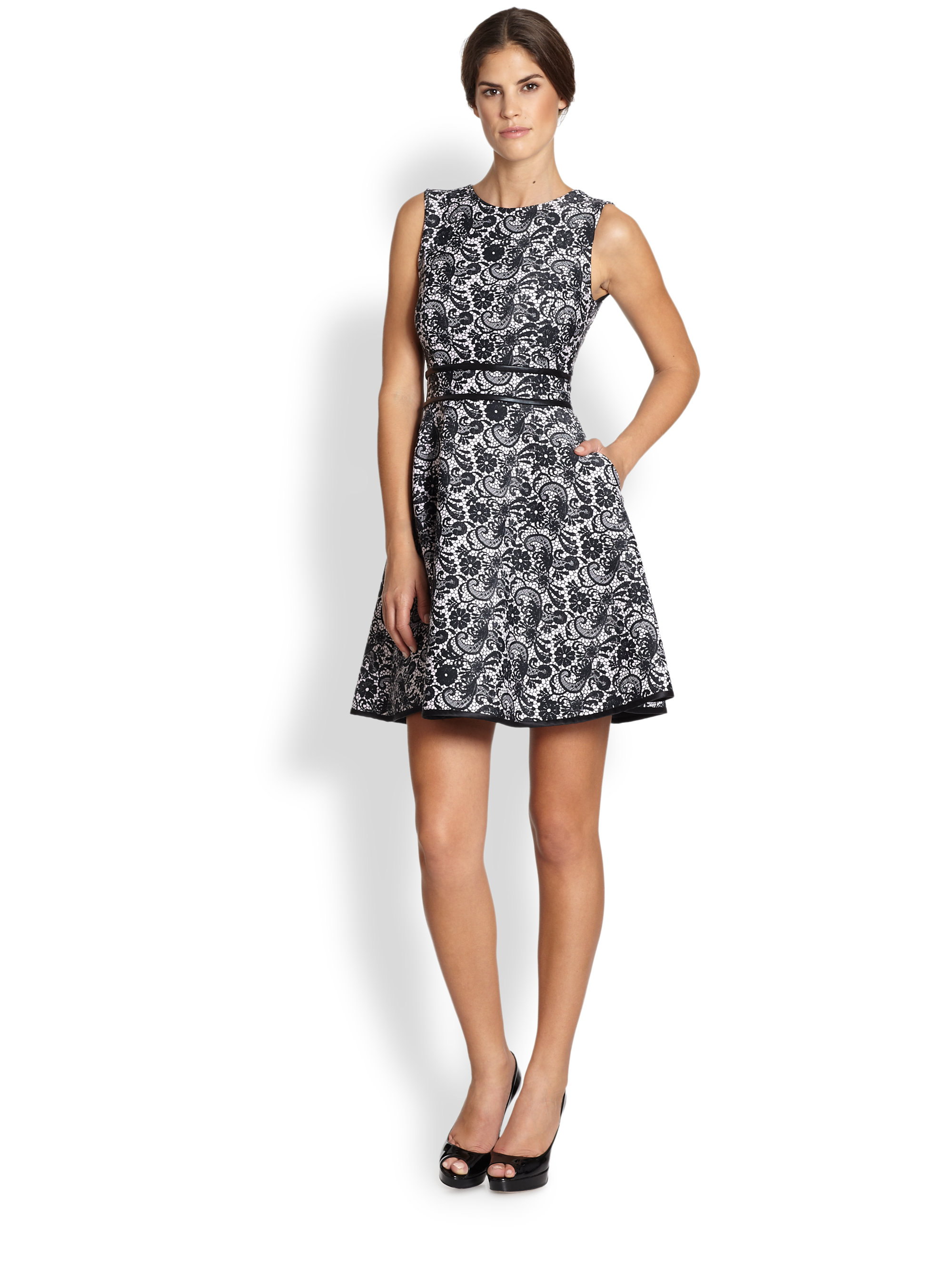 Lyst Cynthia Rowley Lace Print Sleeveless Dress In Black
