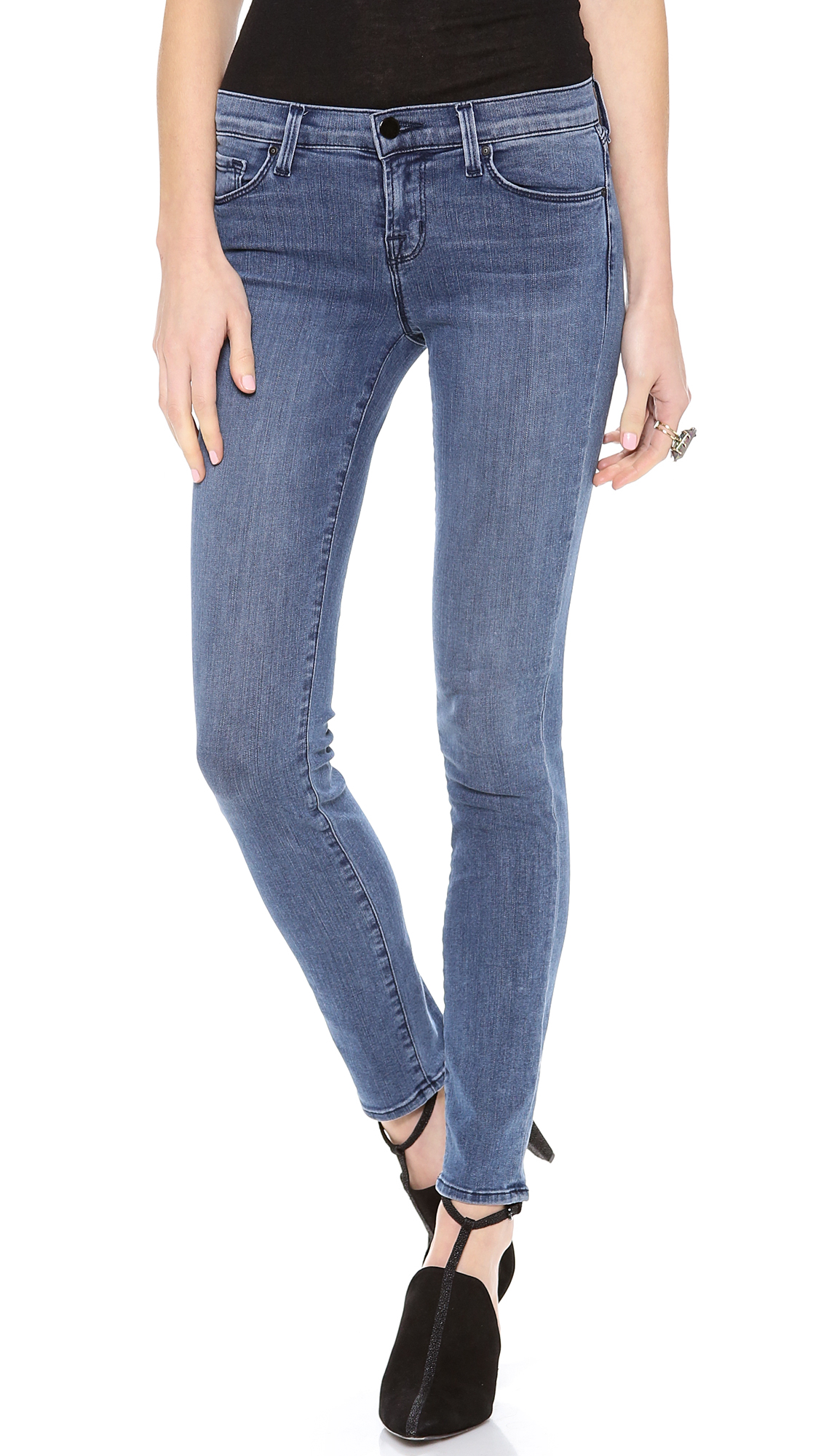 j brand 811 photo ready skinny jeans in blue rumour lyst. Black Bedroom Furniture Sets. Home Design Ideas