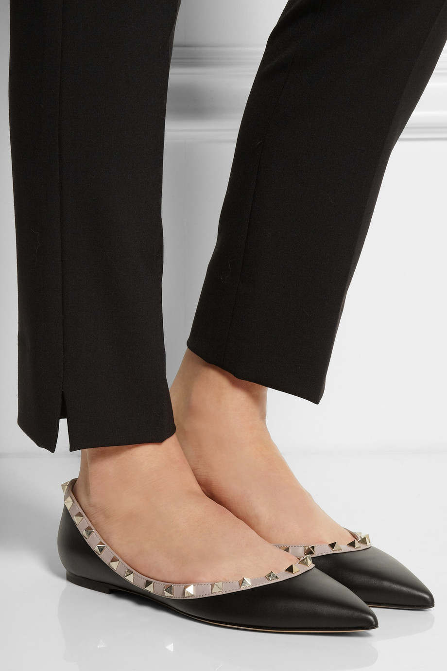 Valentino ROCKSTUD LEATHER FLATS B7gQN