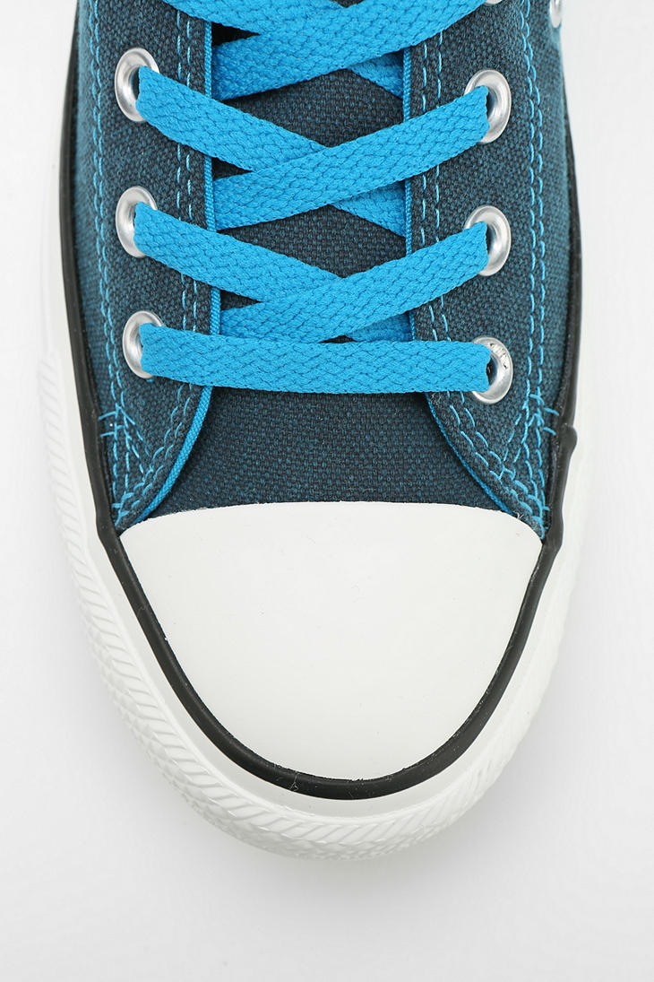 49eac27631e768 Gallery. Previously sold at  Urban Outfitters · Women s Converse Chuck  Taylor ...
