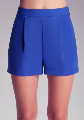 Bebe Single Pleat Front Shorts - Lyst