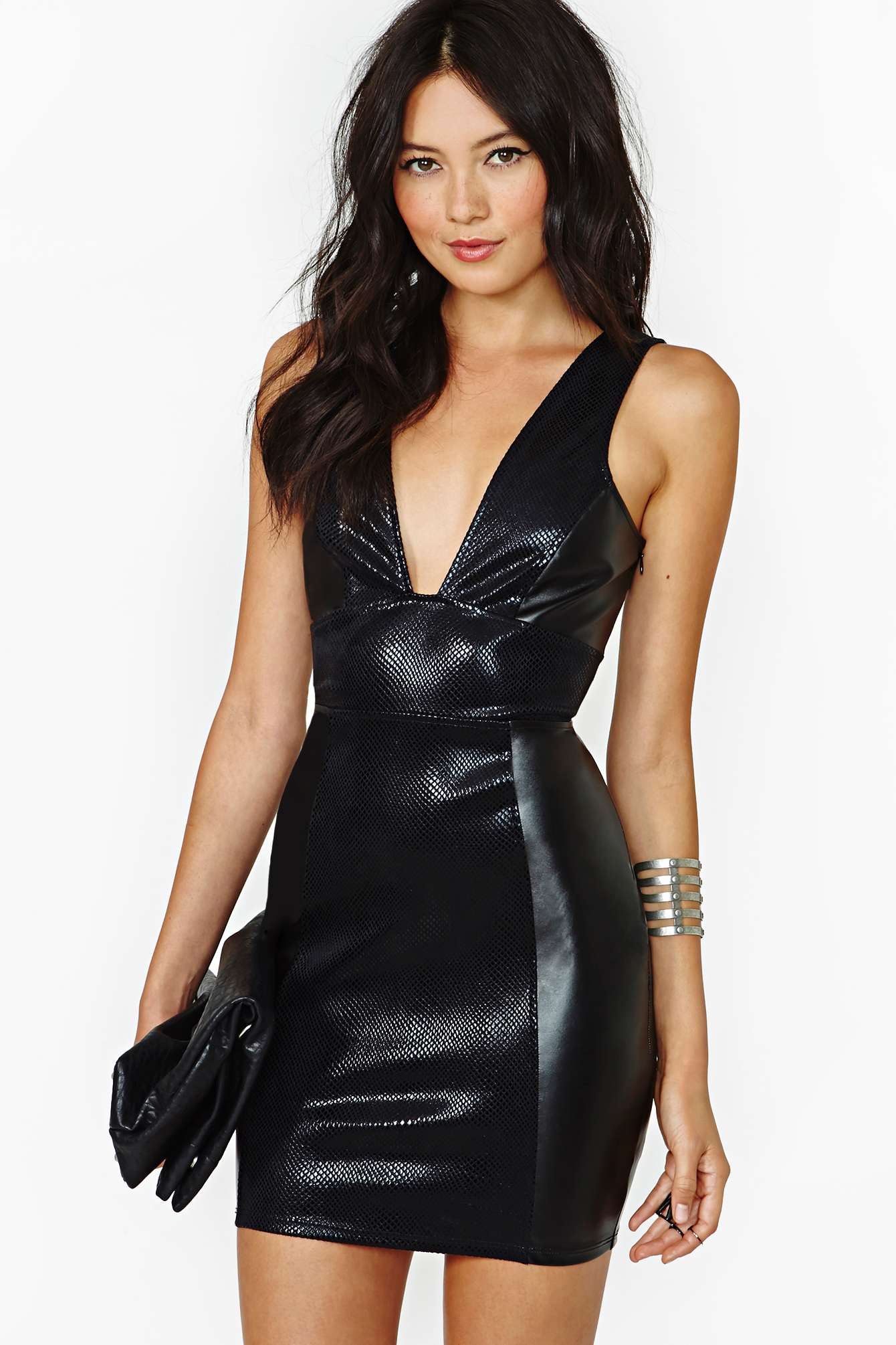 Womenin Leather Attire Vedios 81