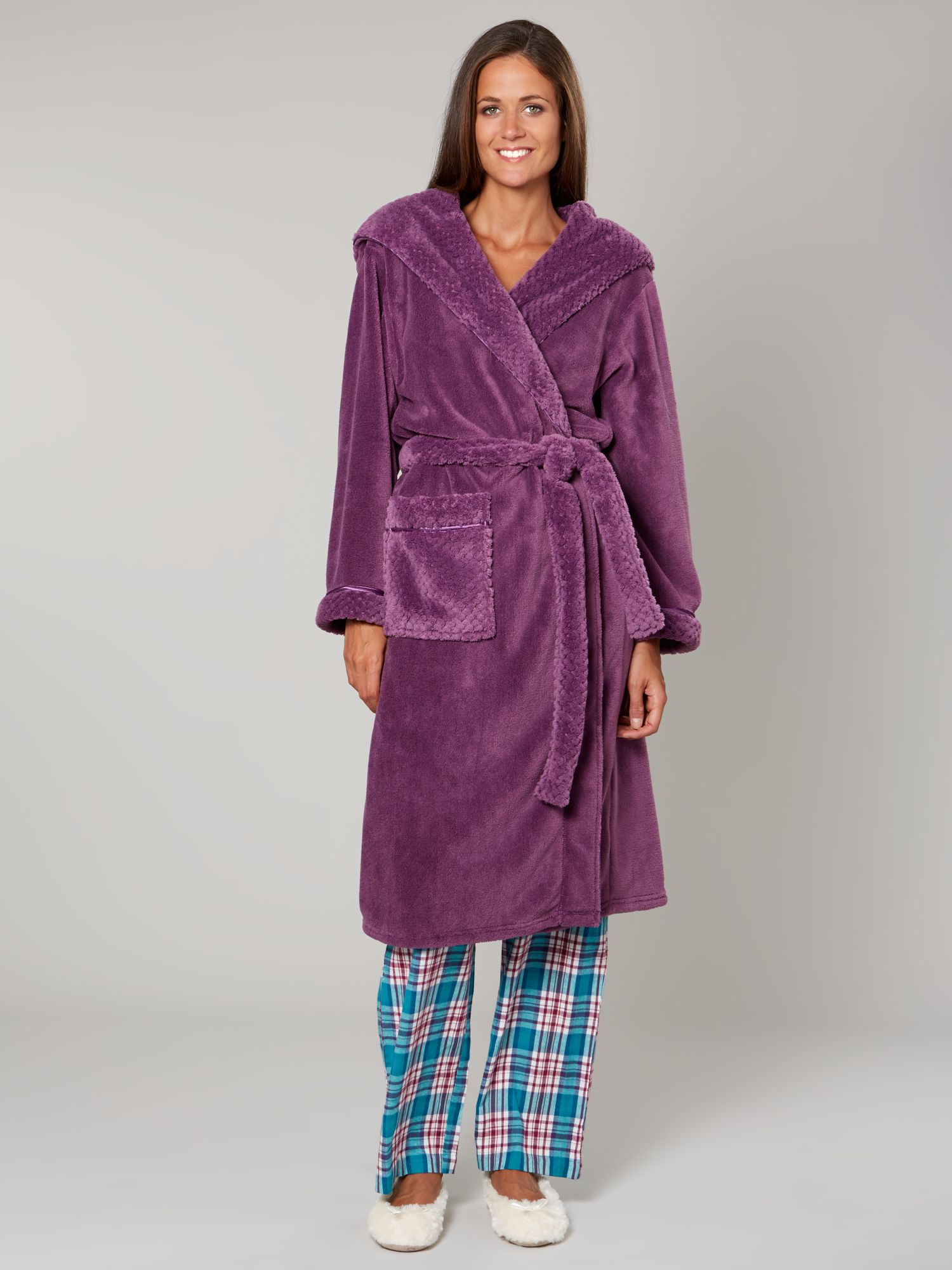 Linea Cosy Soft Robe With Hood in Purple (Mauve)