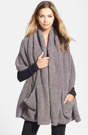 Barefoot Dreams® Cozychic Travel Shawl - Lyst
