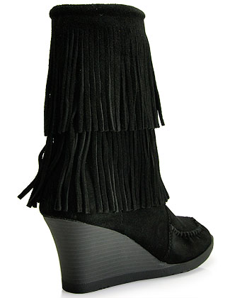 Minnetonka 84030 - Suede Fringe Wedge Boot in Black | Lyst