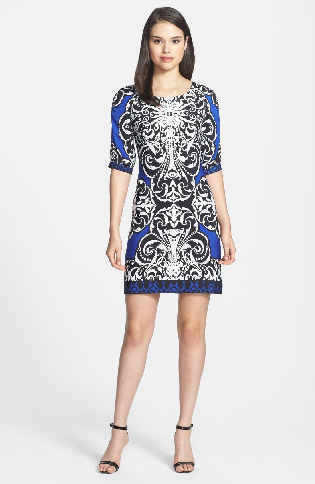 Donna Morgan Print Jersey Sheath Dress In Black Blue