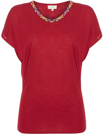 Linea Weekend Apache Embellished Neck Trim Tee - Lyst
