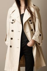 Burberry Oversize Dolman Sleeve Trench Coat - Lyst