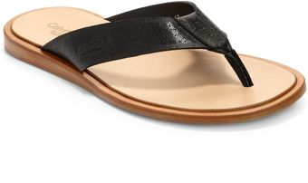 Calvin Klein Textured Leather Thong Sandals - Lyst