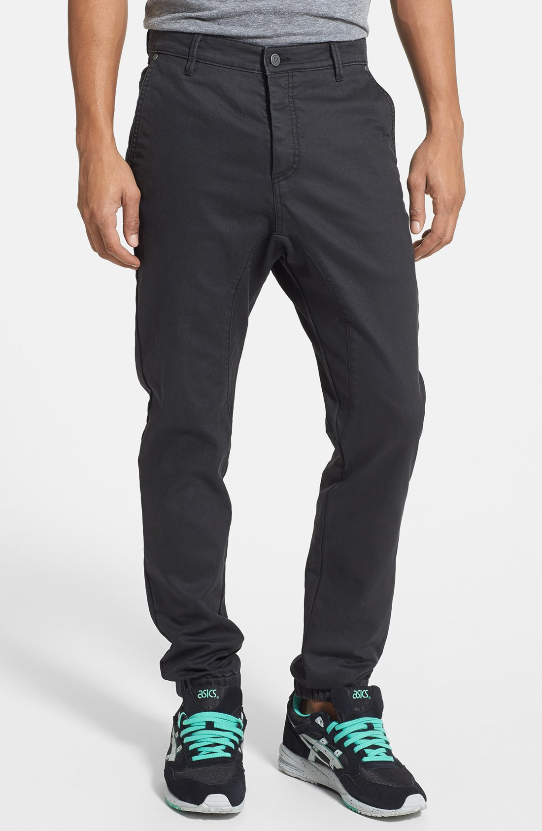 Champion jersey knit joggers with an elastic waist with drawstring, side seam pockets, a Champion logo detail and a tapered leg. Jogger pants with an athletic fit are great for your next work out. 60% Cotton, 40% Polyester. 31 inch inseam.