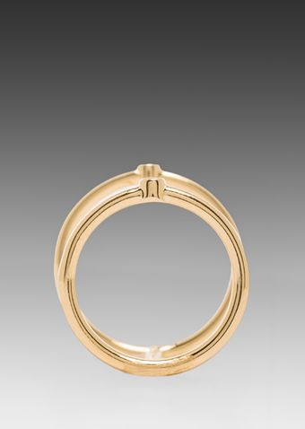 Elizabeth And James Berlin Single Band Knuckle Ring in Metallic Gold - Lyst