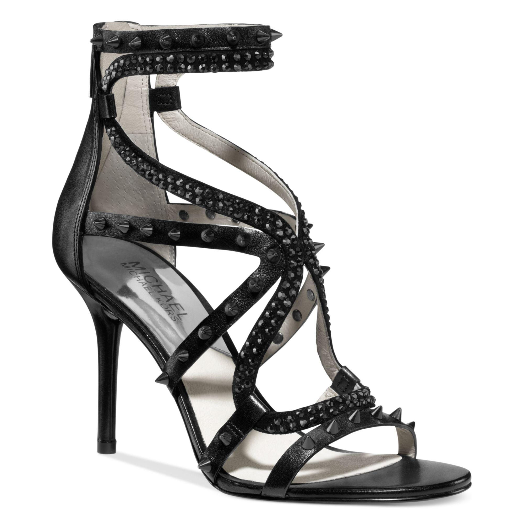 Black sandals evening - Gallery