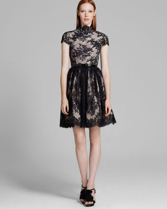 Alice + Olivia Alice Olivia Dress Jayna Open Back Lace - Lyst