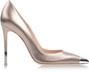 Gianvito Rossi Closed Toe - Lyst