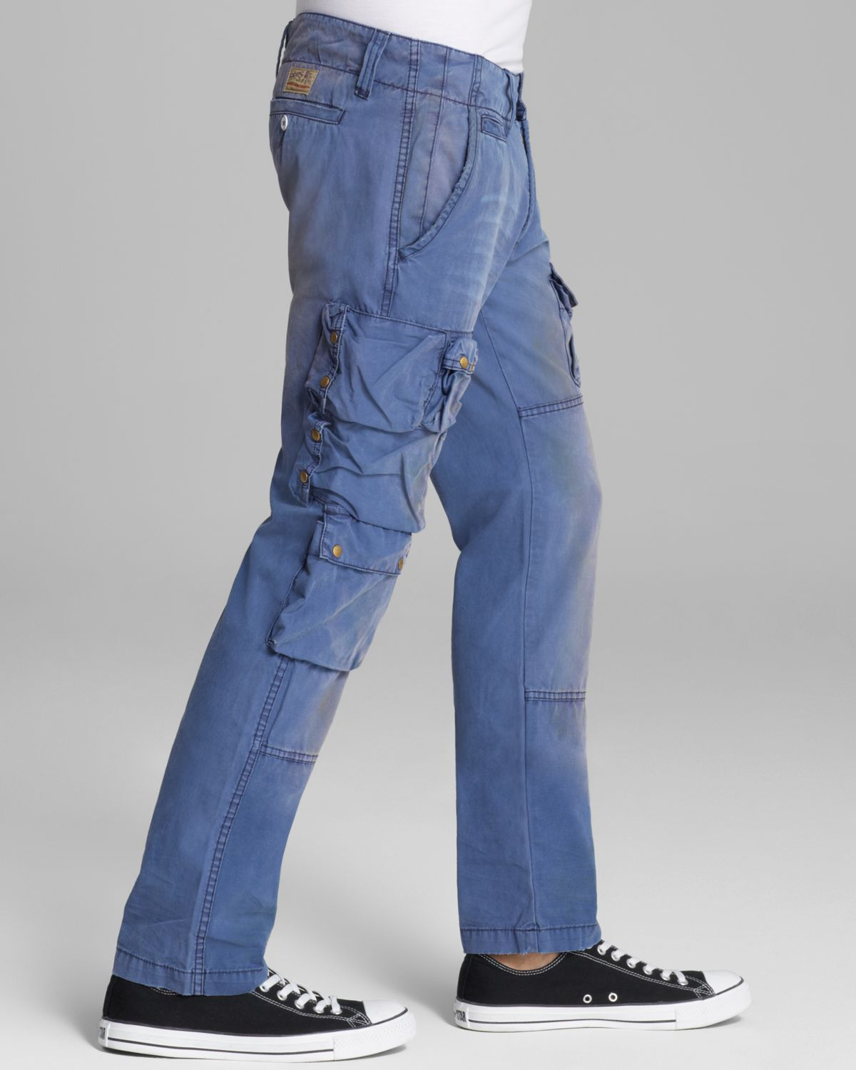 Comments about Wrangler® Denim Loose Fit Cargo Jean. Before I retired I admired cargo pants from afar but they looked goofy in my working environment. Since then the pockets are perfect for all the things I need to carry around and any negative thoughts about goofiness have been erased by father time/5().