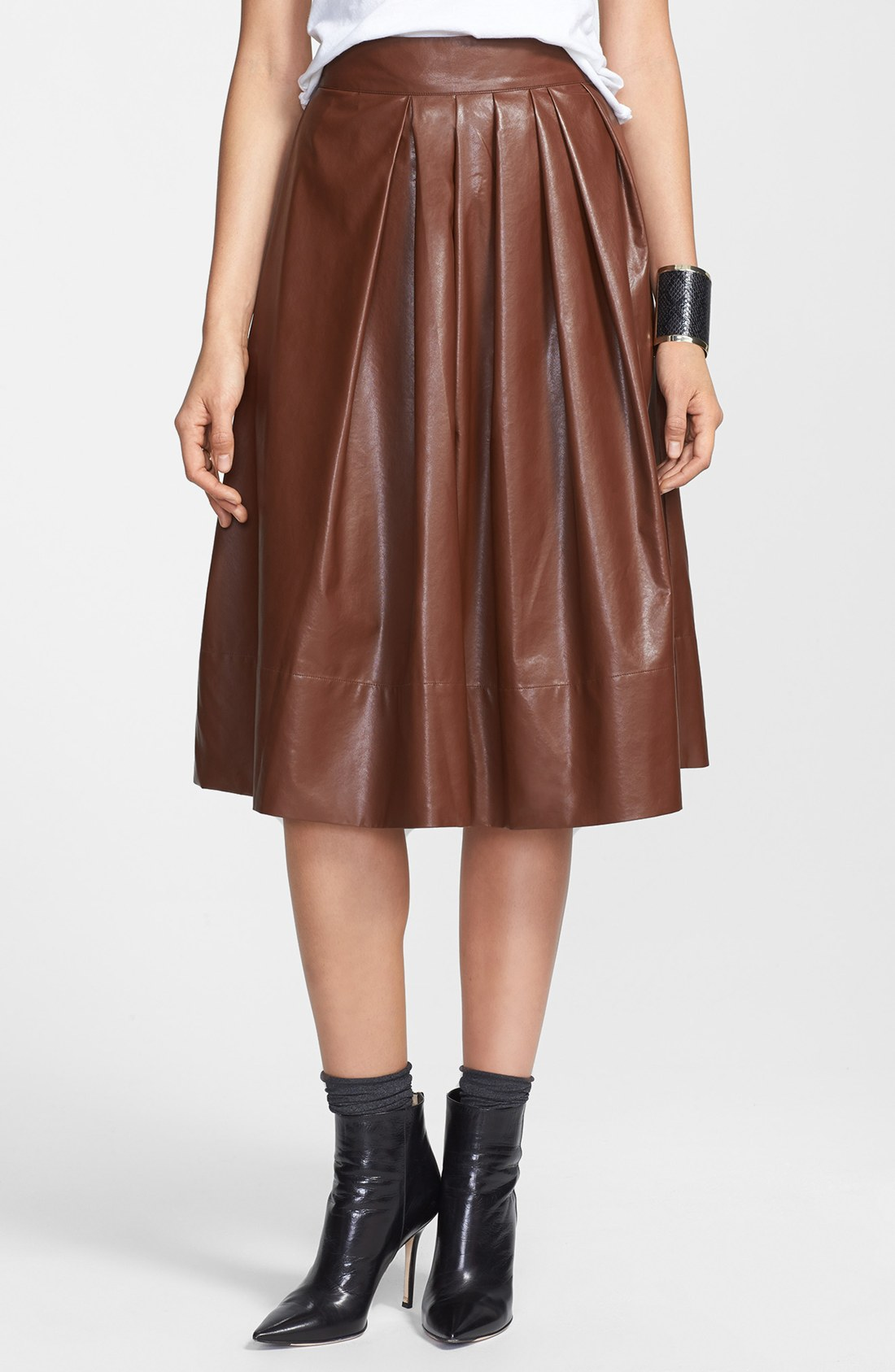 leith pleated faux leather town skirt in brown cognac lyst