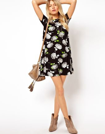 Asos Swing Dress in Mono Daisy Print - Lyst