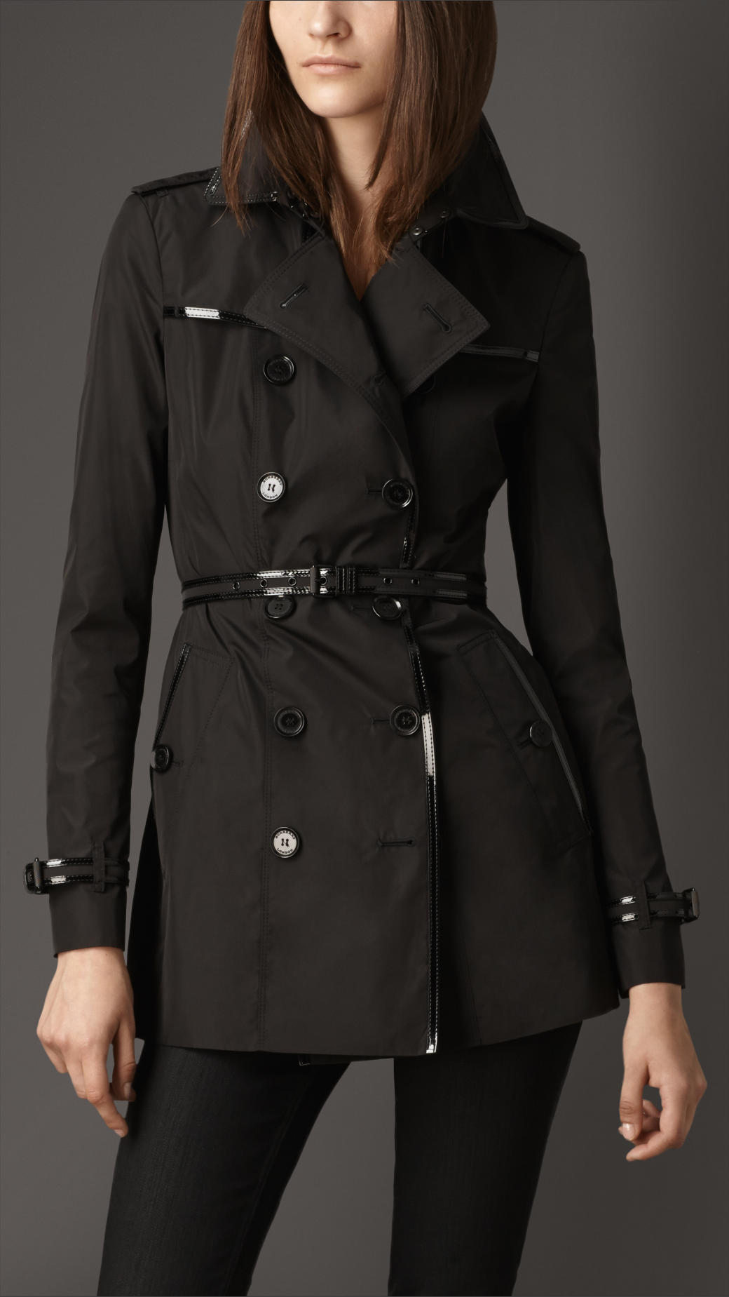 Burberry Short Slim Fit Patent Trim Trench Coat In Black