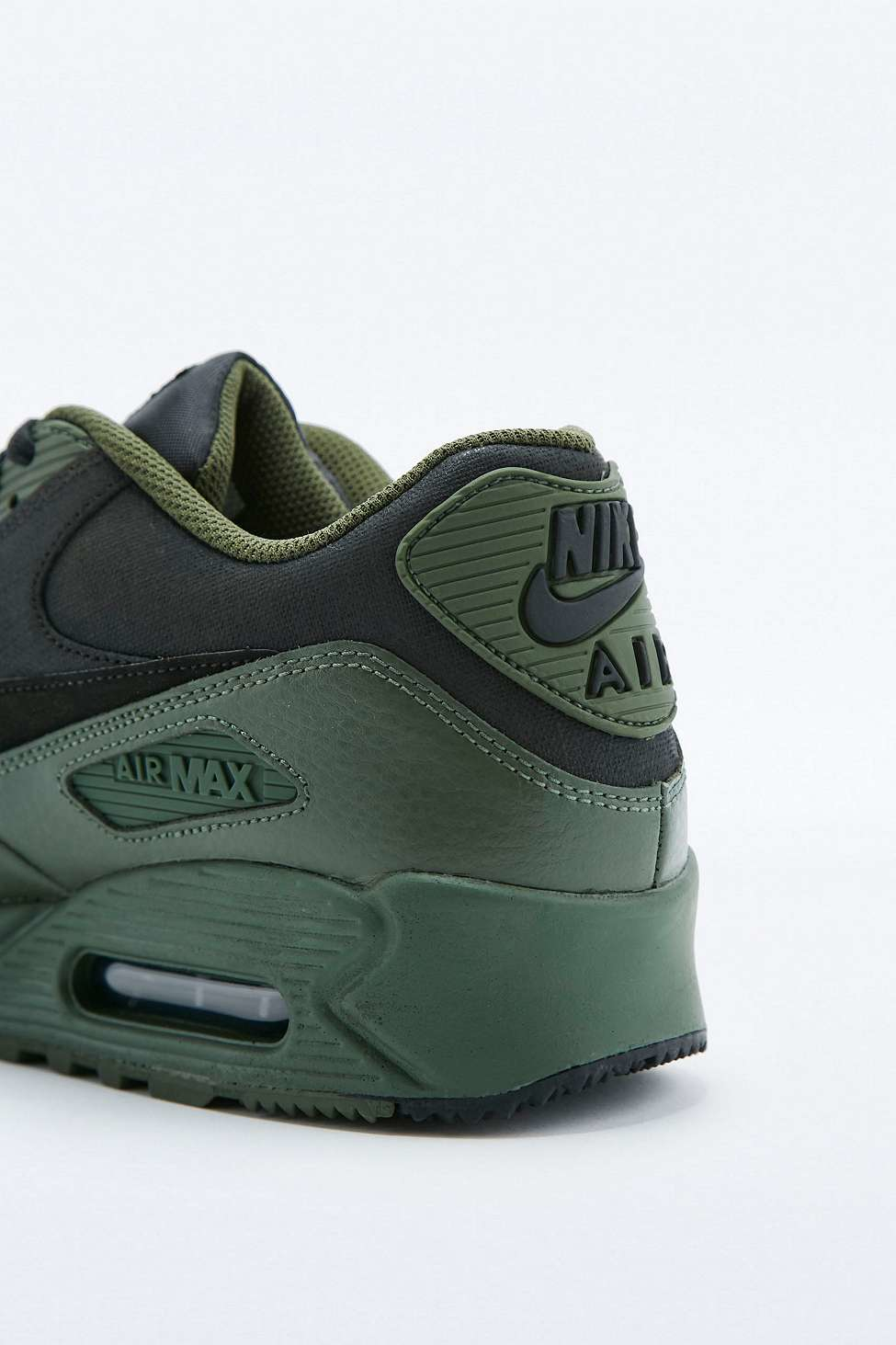 brand new c701f 8bf8a Gallery. Previously sold at  Urban Outfitters · Men s Air Max 90 Trainers