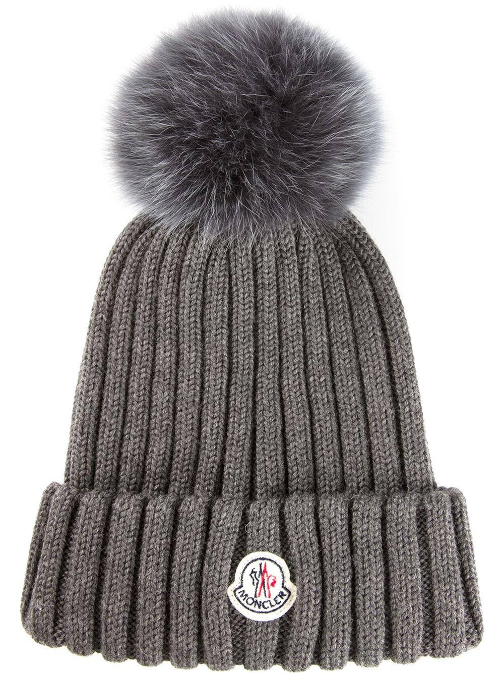 cec283a9fc9 Lyst - Moncler Fox Fur Bobble Hat in Gray